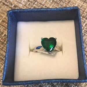 Swarovski Green Heart Ring Size 8